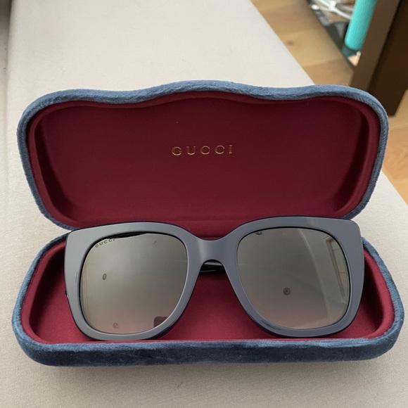 Gucci navy sunglasses